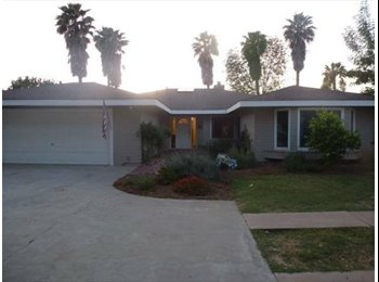 EasyRoommate US - Looking for 1 Great Professional to share my Home - Escondido, San Diego - $995