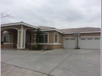 EasyRoommate US - ROOM FOR RENT/CUARTO DE RENTA RIVERSIDE,CA - Riverside, Southeast California - $300