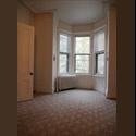 EasyRoommate US Lg bdroom w/Bay window just blks from JSQ - Journal Square, Jersey City - $ 650 per Month(s) - Image 1