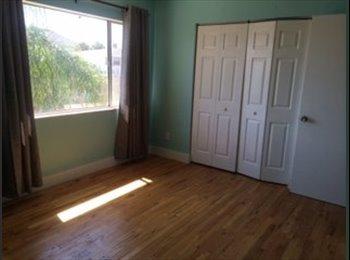 EasyRoommate US - Single professional looking for roommate - North Jacksonville, Jacksonville - $800