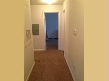 EasyRoommate US - Couple looking for Roommate - Lithonia Area, Atlanta - $400