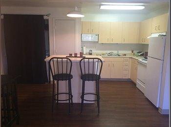 EasyRoommate US - 2 Bedroom Apt (Stadium Park Apartments) - Eugene, Eugene - $576
