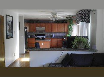 EasyRoommate US - Great house, creative inhabitants - Denver, Denver - $600