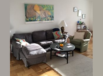EasyRoommate US - Females Only - Sunny & Spacious Room in UES - Upper East Side, New York City - $1575