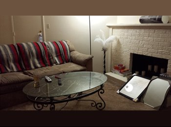 EasyRoommate US - Need roommate by end of December! Cheap rent! - Tucson, Tucson - $344