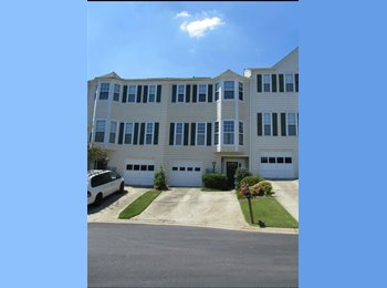 EasyRoommate US - 1 bed/1 bath on Private Floor for Rent - Doraville / Chamblee / Norcross, Atlanta - $800