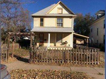 EasyRoommate US - $300 Roommate wanted (1706 n market) - Wichita, Wichita - $300