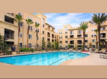 EasyRoommate US - Ave 1 Condo to share, Master Bedroom, Private bath - Irvine, Orange County - $1000