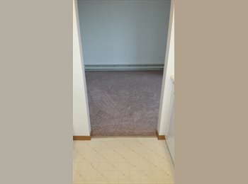 EasyRoommate US - 1 Bdrm/1 Bath Woodstock Condo For Rent $795/Mo. - Elgin, Other-Illinois - $795