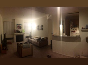 EasyRoommate US - Furnished private bed/bath *Available Dec - Feb* - Miracle Mile District, Los Angeles - $850