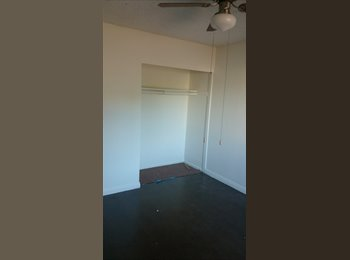 EasyRoommate US -  $800 room for rent female student or professional only  - Santa Ana, Orange County - $800