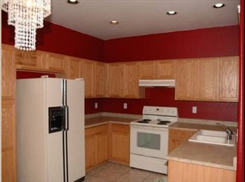 EasyRoommate US - Townhome, Renting one of three bedrooms - Tempe, Tempe - $460