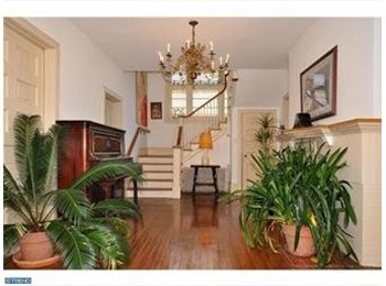 EasyRoommate US - Room in large Victorian Home- cable w/HBO - Philadelphia, Philadelphia - $750
