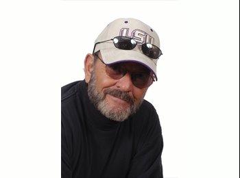 EasyRoommate US - Robert - 65 - Los Angeles