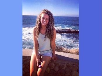 EasyRoommate US - Becky - 23 - San Diego