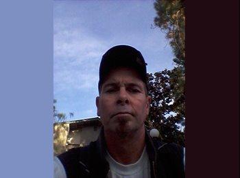 EasyRoommate US - Robert   - 45 - Northern California