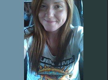 EasyRoommate US - Jessica  - 23 - Joplin
