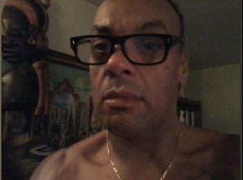 EasyRoommate US - Kenneth  - 57 - Jacksonville
