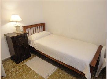 CompartoDepto AR - Habitación Disponible. - Alto Alberdi, Córdoba Capital - AR$1600