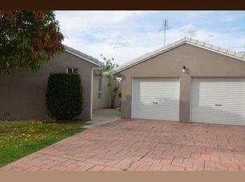 EasyRoommate AU - Modern home with lifestyle comforts - Sunrise Beach, Sunshine Coast - $867
