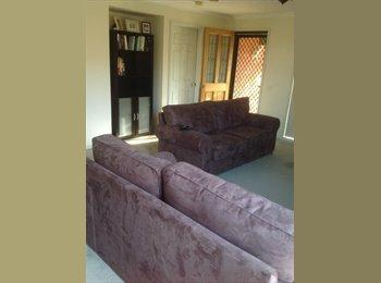EasyRoommate AU - House to share, own bathroom and loungeroom! - Wodonga, Albury - $650
