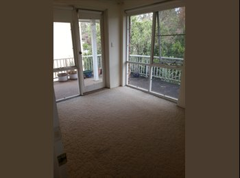EasyRoommate AU - Large sunny top floor appartment in central epping - Epping, Sydney - $1105