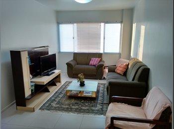 EasyQuarto BR - Quarto Mobiliado Centro - Ótima localização - Centro, Florianópolis - R$950
