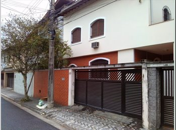 EasyQuarto BR - Alugo quartos em casa Boqueirão,ótima localização - Santos, RM Baixada Santista - R$1000