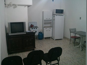 EasyQuarto BR - Pequeno Albergues (Diária ou Mensalista) - Bairro de Fátima, Rio de Janeiro (Capital) - R$600