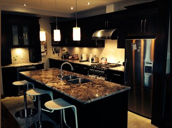 EasyRoommate CA - Room for rent in Luxury house, prime location - Villeray - Saint-Michel - Parc-Extension, Montréal - $800