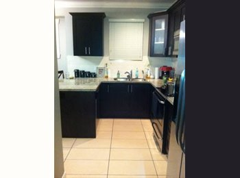 EasyRoommate CA - Executive Style Almost New Home - Downtown, Vancouver - $550