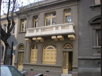 CompartoDepto CL - Casa Toesca - Santiago Centro, Santiago de Chile - CH$*