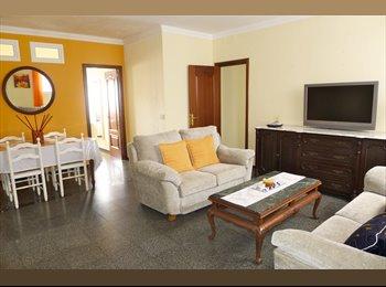 EasyPiso ES - Alquilo piso de 4 habitaciones para estudiantes - Centro, Las Palmas de Gran Canaria - €260