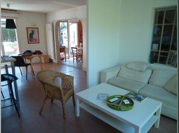 Appartager FR - Chambre dans maison meublée - Saint-Malo, Saint-Malo - €350