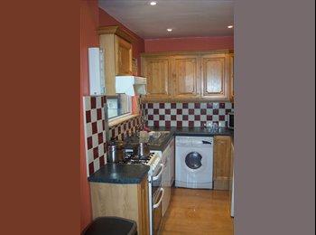 EasyRoommate IE - SINGLE ROOM AVAILABLE CITY CENTRE HOUSE SHARE - Dublin City Centre, Dublin - €425