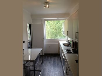 Appartager LU - chambre double - Luxembourg Ville, Luxembourg - €690