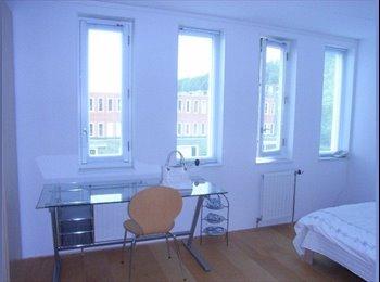 EasyKamer NL - Temporary room - Binnenstad, Groningen - €420