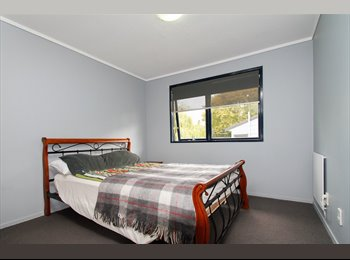 NZ - Looking for a flatemate. - Massey, Auckland - $650