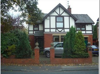 EasyRoommate UK Double room in a large character property - Penwortham, Preston - £303 per Month,£70 per Week£0 per Day - Image 1
