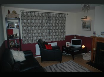 EasyRoommate UK - West Watford Home-near hospital & Met Station - Watford, Watford - £450