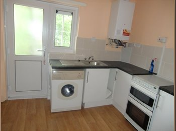 EasyRoommate UK - furnished student /professional accommodation - Handsworth, Birmingham - £320
