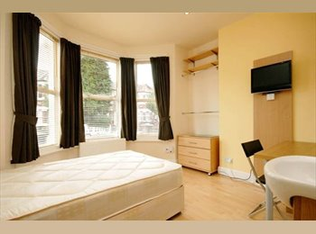EasyRoommate UK - 6 BED HOUSING IN LONDON N4 BOOK  NOW FOR AUG 2014 - Finsbury Park, London - £585