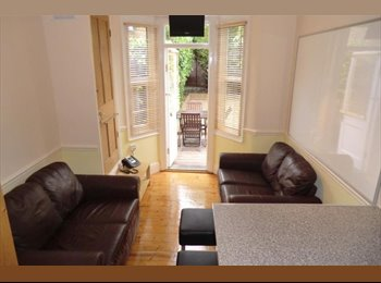 EasyRoommate UK - 6 BED STUDENT HOUSING LONDON N4 BOOK FOR AUG 2014 - Finsbury Park, London - £585