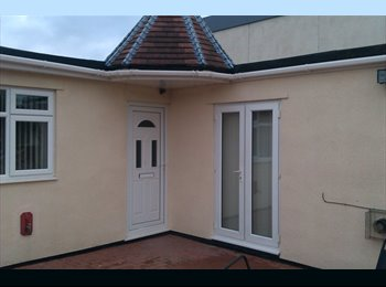 EasyRoommate UK - Rooms to let,  ONE ROOM AVAILABLE . - Whitchurch, Bristol - £280