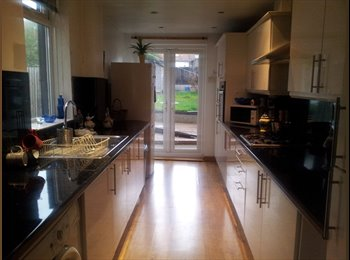 EasyRoommate UK - House share - Normanton, Derby - £330