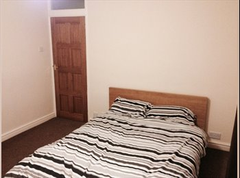 EasyRoommate UK - Nice double room in Tile Hill - Tile Hill, Coventry - £350