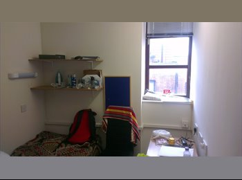 EasyRoommate UK - DELUXE Refurbished Room Available NOW, MSV - Manchester City Centre, Manchester - £420