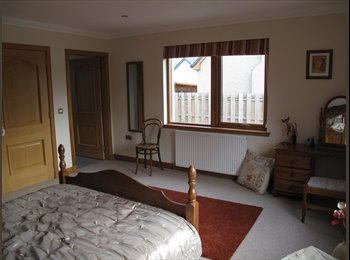 EasyRoommate UK - Large Double room with en suite in stunning locati - Cantraywood, Inverness - £433