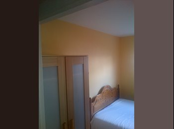 EasyRoommate UK - Double Room available in Watford, Carpenders Park. - Carpenders Park, Watford - £520