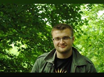 EasyRoommate UK - Gregory - 28 - Newcastle under Lyme